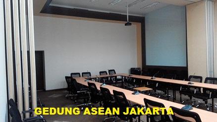 Pintu lipat Gedung ASEAN Jakarta